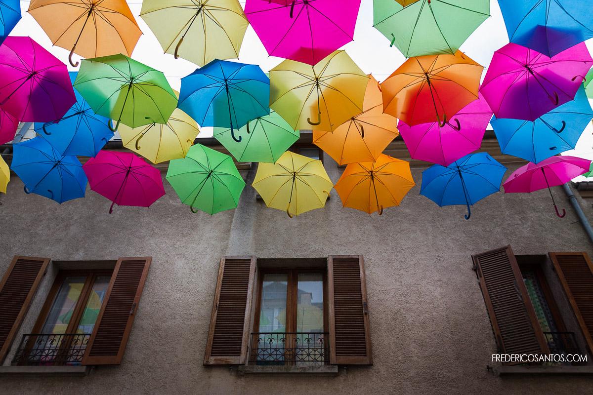 Parapluies couleurs verrieres le buisson essonne
