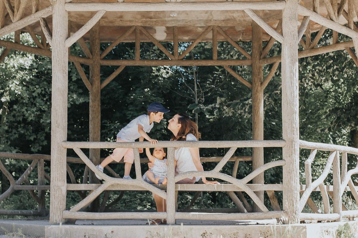 photographie de famille en pleine nature Paris
